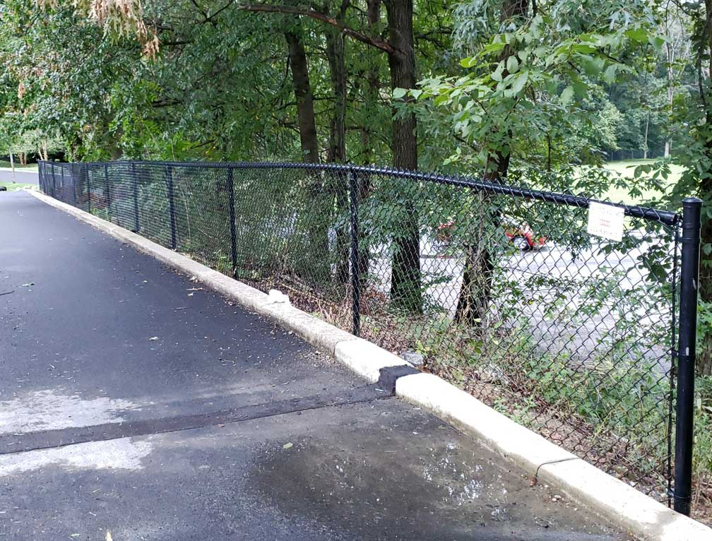 fence extender