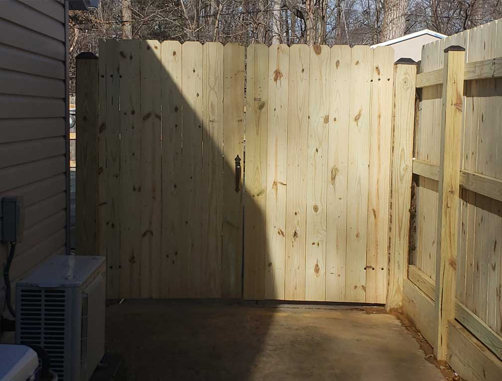 q fence and fabrication inc