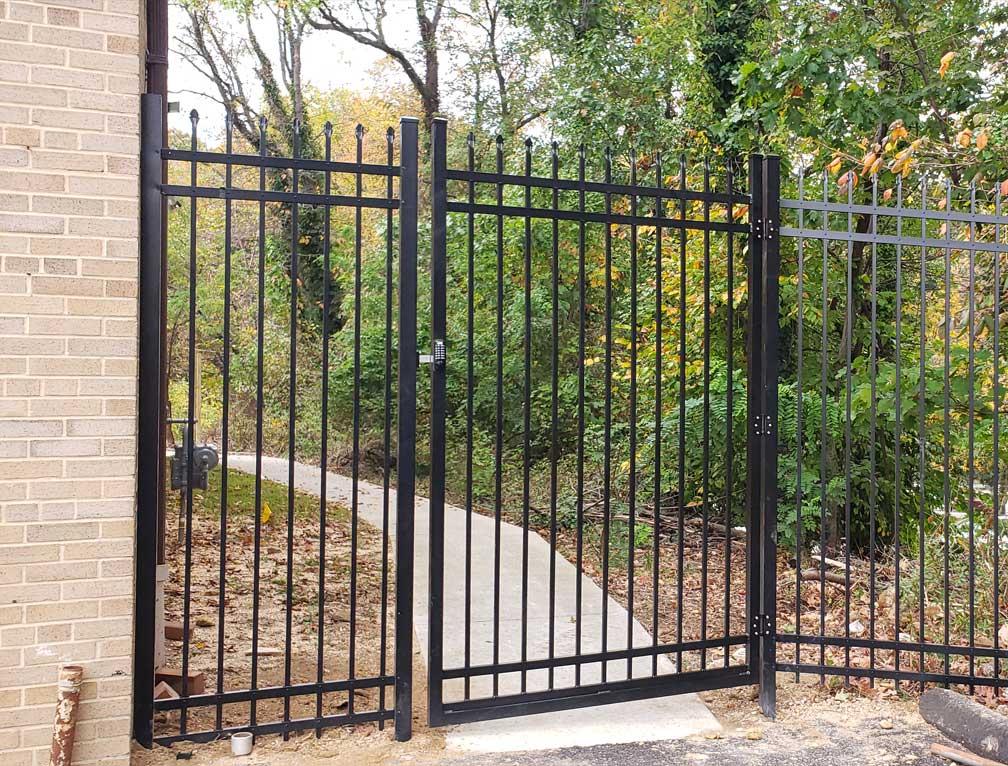 fence quarter