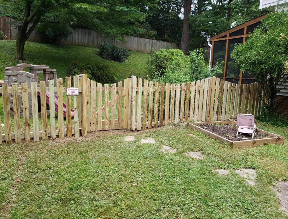 fence hangers