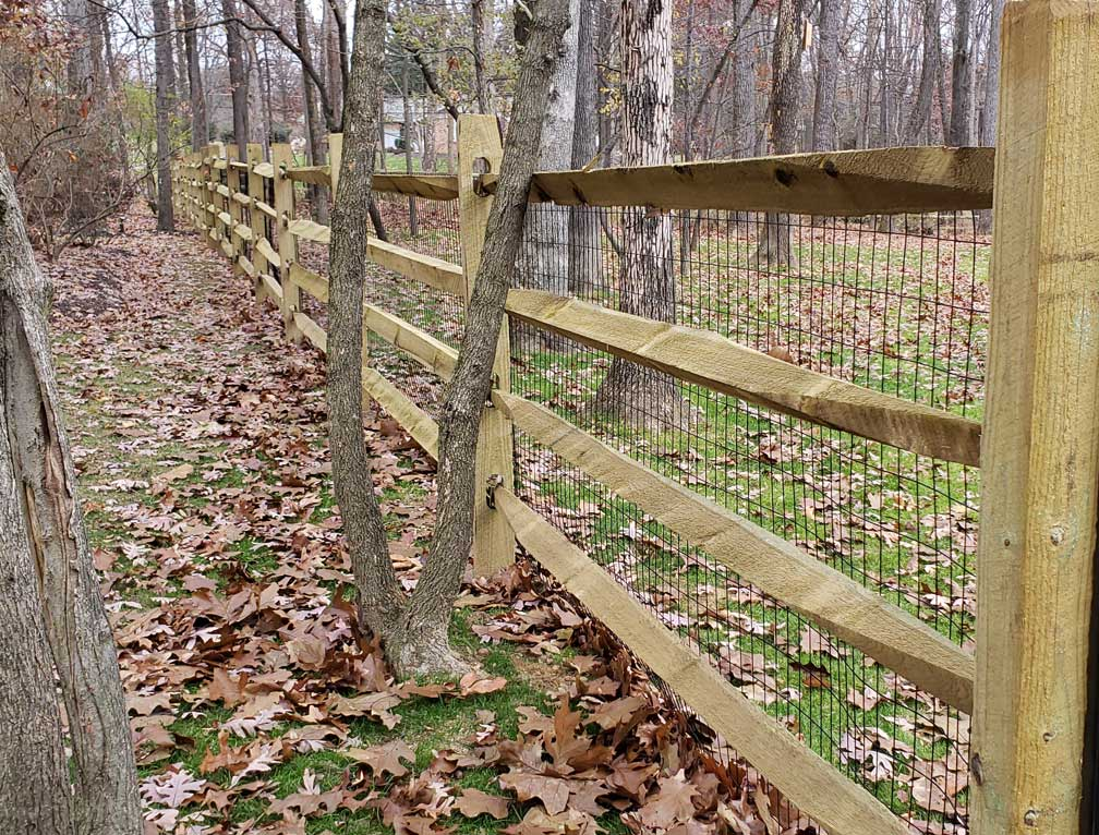 fence gate decorations